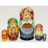 Nesting doll Sergiev-Posad 5 pcs. Girl witha tart