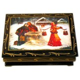 Lacquer Box girl with a balance C7