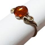 Amber ring R 0105