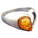Amber ring Heart