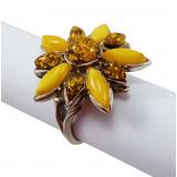 Amber ring flower