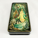 Lacquer Box with elements of hand painting Morozko, 17 x 9