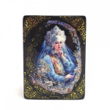 Lacquer Box with elements of hand painting Lady, 10 x 8