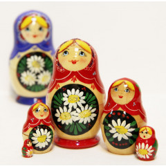 Nesting doll Sergiev-Posad 5 pcs. Camomiles red