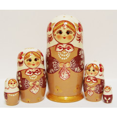 Nesting doll Sergiev-Posad 5 pcs. Shawl