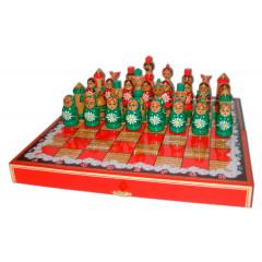 Chess set matrjoshkas