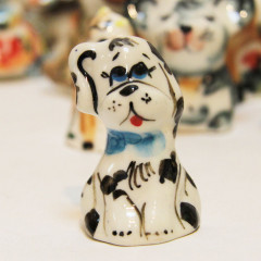 Majolica Dog small. With one ear upwards
