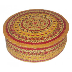 birch bark products box Oval with a red insert 11x10x4 cm