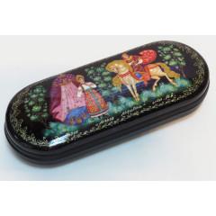 Lacquer Box Mariya, hand painted, (metal, plastic), 16x6x3.5 cm.
