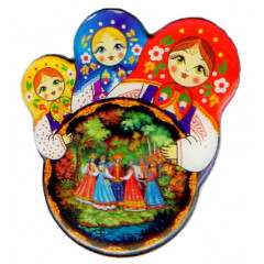 Magnet 02-34-3KR-250 round 3 nested dolls pitch, Palekh, a round dance.