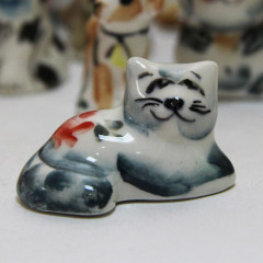 Majolica Cat small