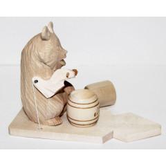 Bogorodskaya toy The bear has dinner