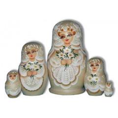 Nesting doll Sergiev-Posad 5 pcs. Camomiles beige