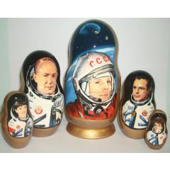 Nesting doll 5 pcs. Gagarin, astronauts