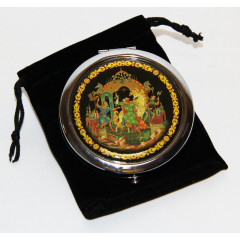"""Pocket mirror 07CHE-34-279 metal button D7""""Palekh. """"The Golden bridle"""" in the box"""