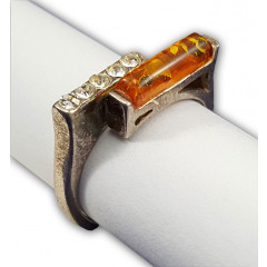 Amber ring flashlight