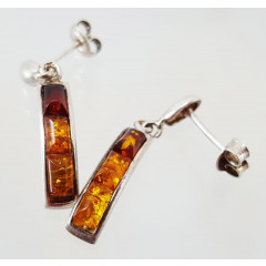 Amber earrings in the frame 0030637