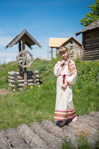 Russian folk costume WOMEN'S SHIRTS 16756